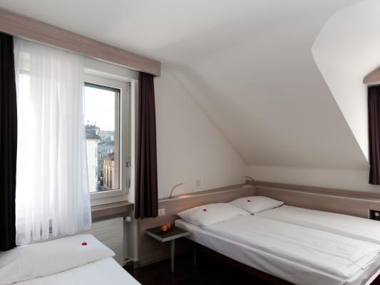 Hotel Alexander Family room 0