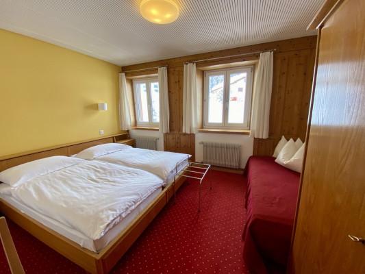 Hotel Alpina Parpan Double room standard 2