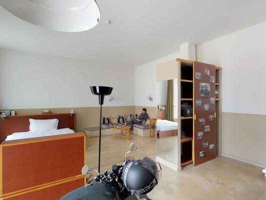 lofthotel Bikerloft 1