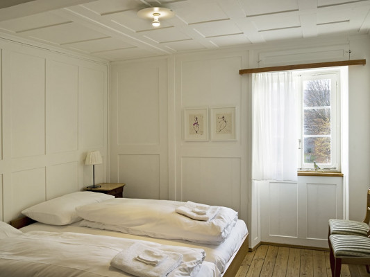Kloster Dornach Double room Comfort with shared bathroom 0
