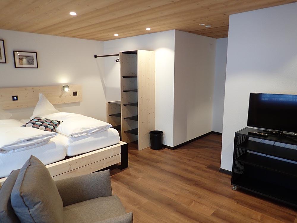 Hotel Furka 8
