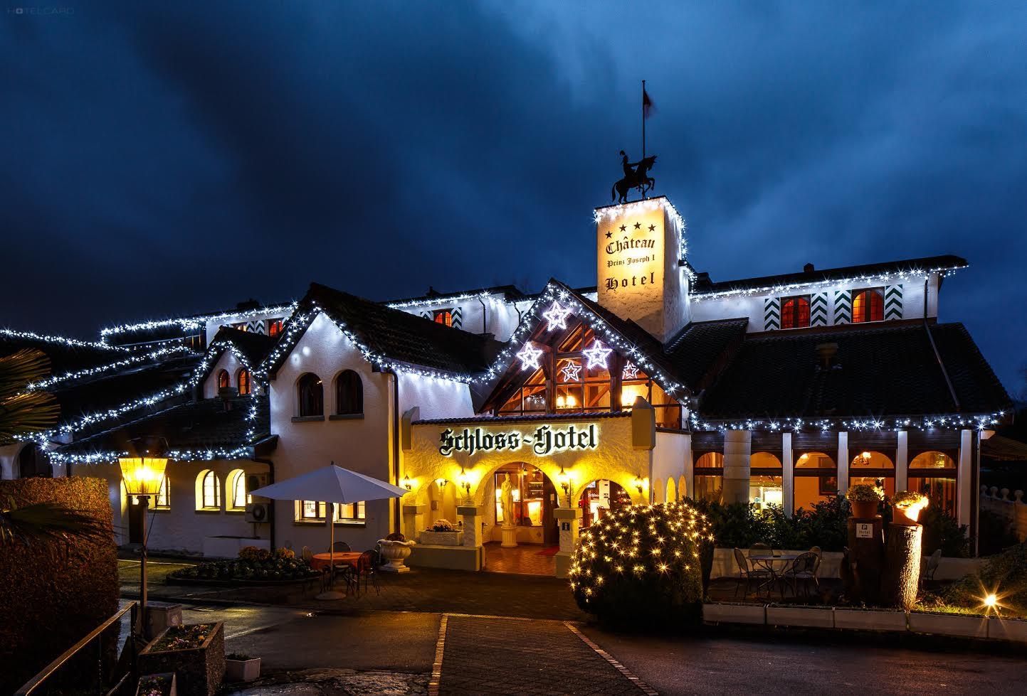 Schloss-Hotel Swiss-Chalet 0