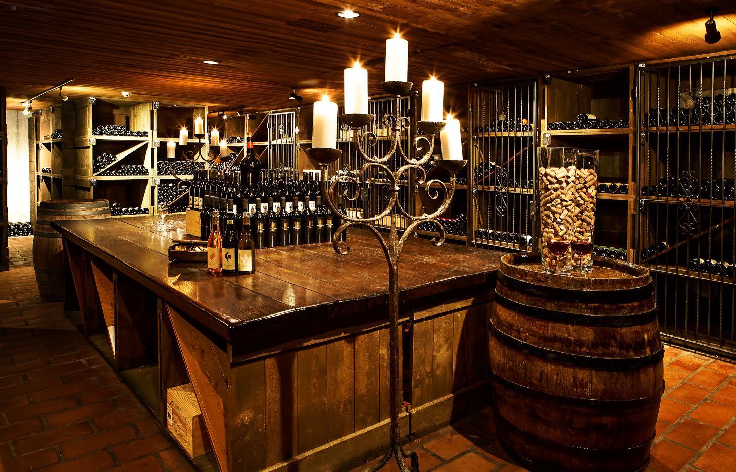 Schloss-Hotel Swiss-Chalet 5