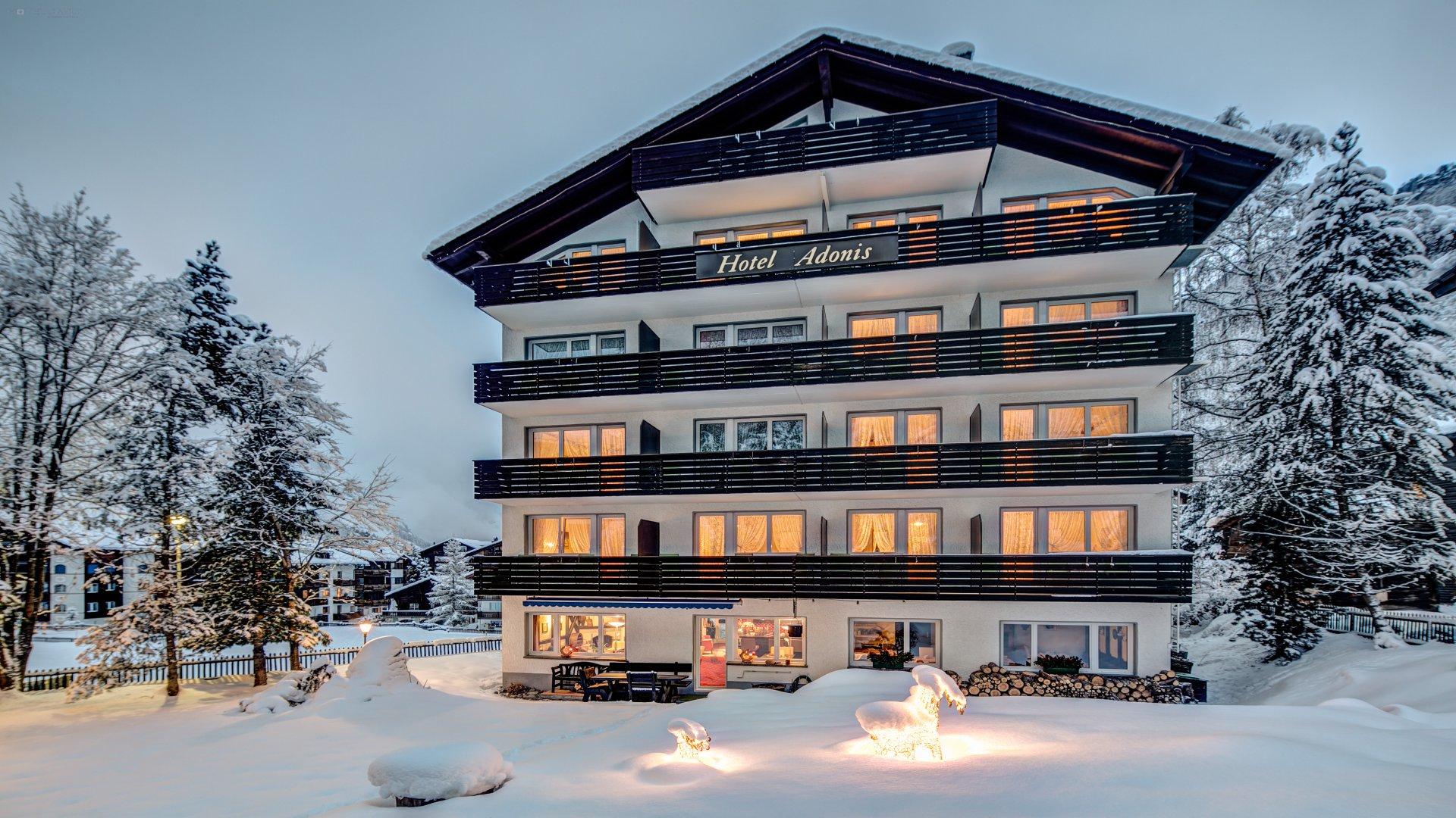 Hotel Adonis 0