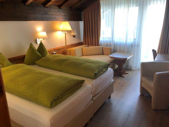 Hotel Adonis 2