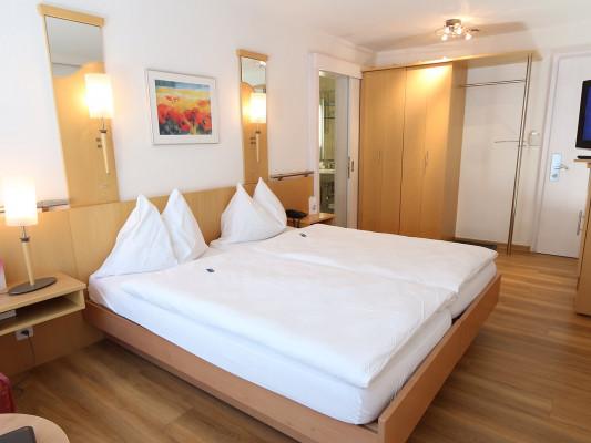 Lifestyle & Spa Hotel Grächerhof Double room classic 0