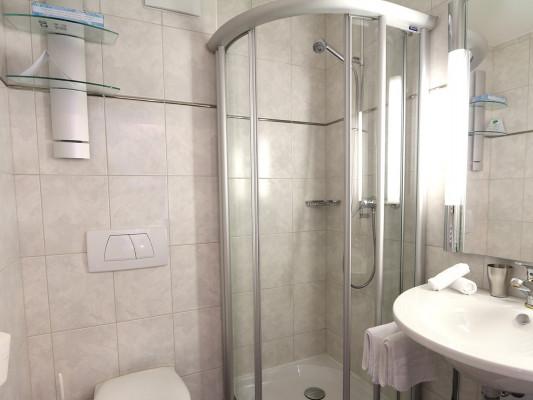 Lifestyle & Spa Hotel Grächerhof Double room classic 1