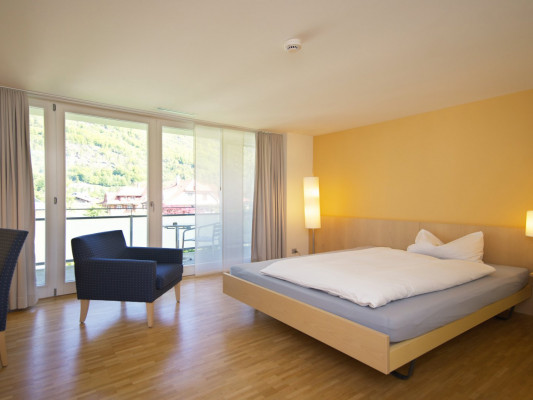 Hotel Artos Interlaken Double room (queensize 140 cm) 2
