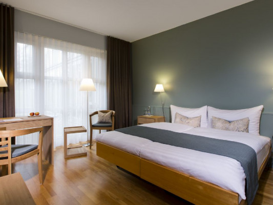 See & Parkhotel Feldbach Double room with park view 0