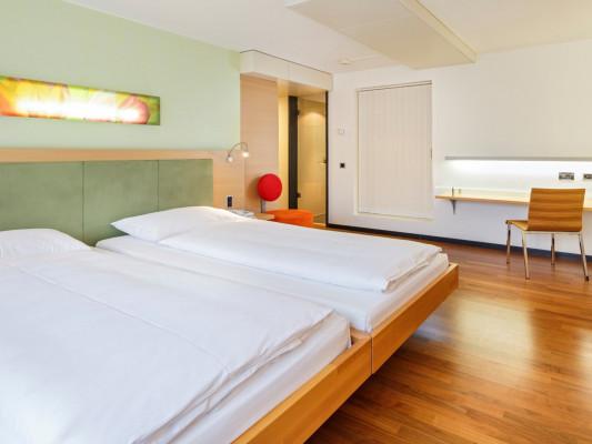 Swiss-Belhotel du Parc Comfort Room 0