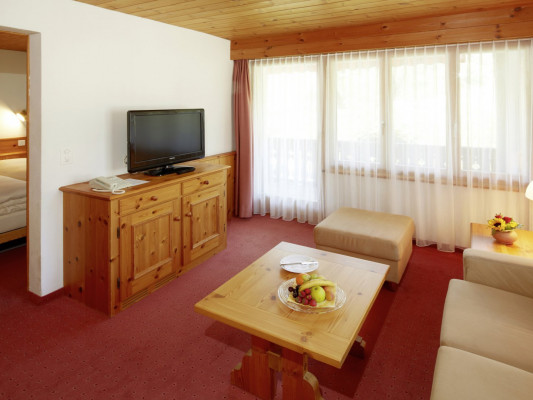 Hotel Laaxerhof Double Room Standard 1