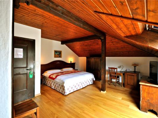 Hôtel de Gruyères Family room Alpage 1