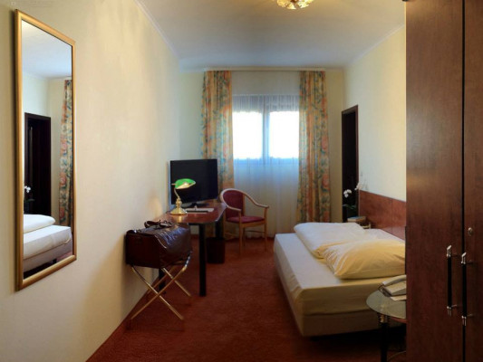 City Hotel Antik Single room comfort court 0