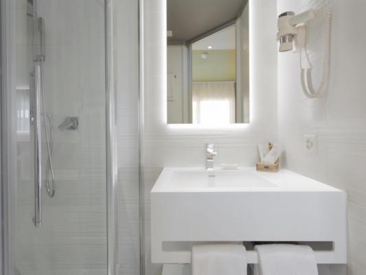Hotel City Locarno Double room Modern 1
