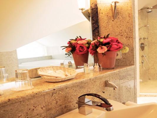 Relais & Chateaux Villa Hammerschmiede Suite 1