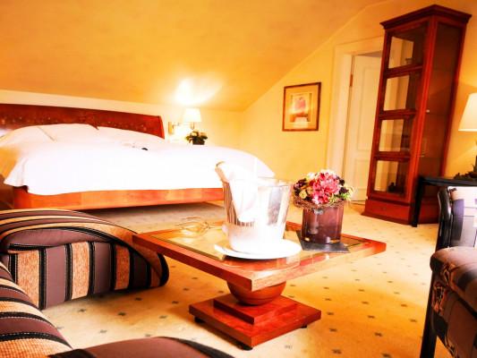 Relais & Chateaux Villa Hammerschmiede Suite 0