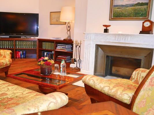 Relais & Chateaux Villa Hammerschmiede Fireplace Suite 0