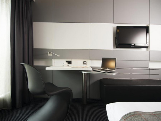 Mercure Hotel Plaza Biel Single room 0