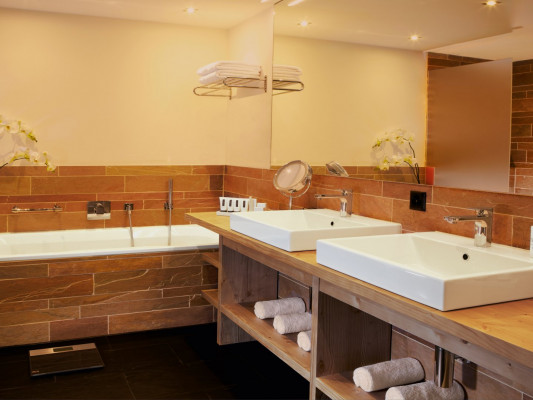 Nira Alpina Alpine Junior Suite 0