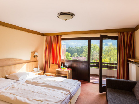 Landhotel Maiergschwendt by DEVA Double room classic with balcony 0
