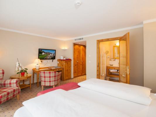 Hotel Kaiserhof Kitzbühel Double room classic plus 1
