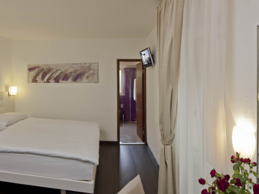 Hotel America Double room Comfort Design 1
