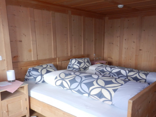 Capricorns Double room with floor shower 1