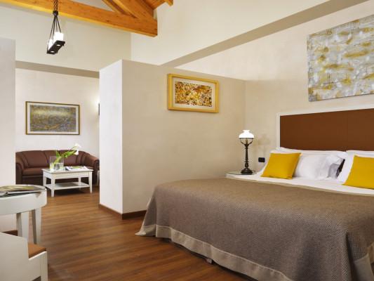 Castello Dal Pozzo Junior Suite 1