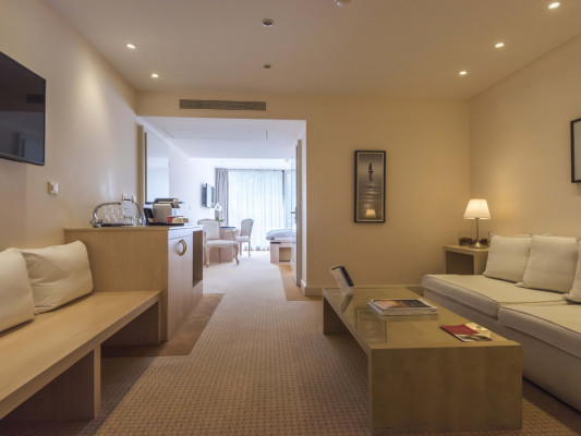 Royal Plaza Montreux & Spa White Junior Suite, Lake view 1